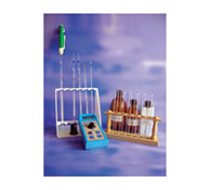 Mini-colorimeter with accessories and chemicals